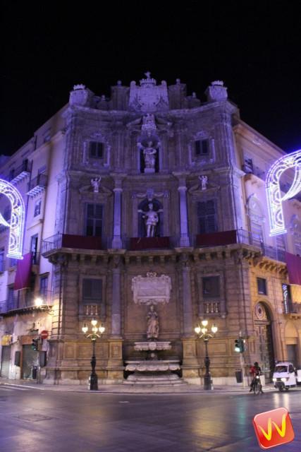 Piazza Villena (i quattro canti)