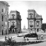 Porta Felice e fontana