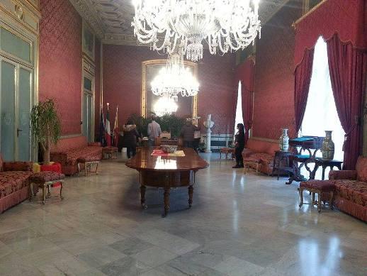 sala rossa palazzo delle aquile