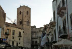 Trentacinque Torri di Babele nella Torre di San Nicolò
