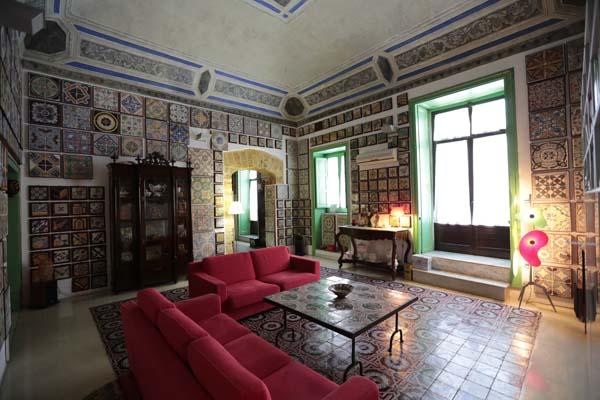 La casa museo delle maioliche for Piani di casa con stanza della torre