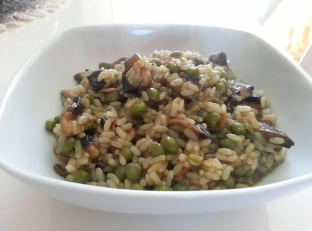 risotto con funghi e piselli