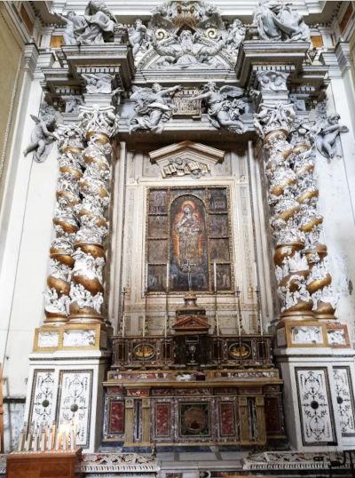Chiesa del Carmine Maggiore Cappella della Madonna del carmelo