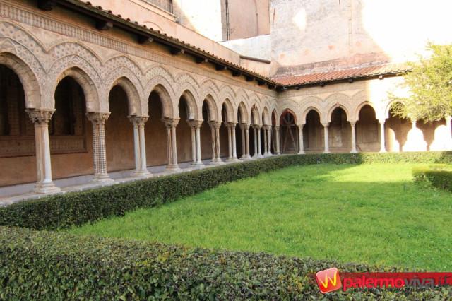 Chiostro Benedettini Monreale ok (2)