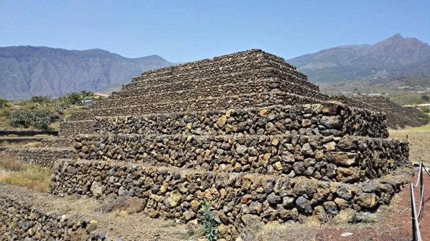 Piramidi dell'Etna